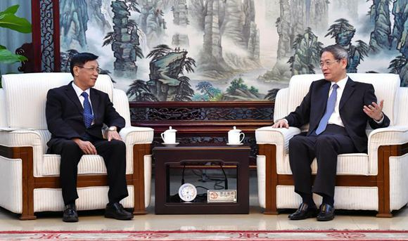 Mainland Taiwan affairs chief meets with Taiwan delegation
