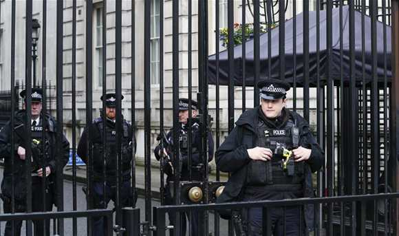 London beefs up security after terrorist attack